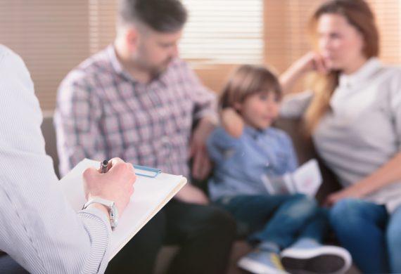 5. Terapia psicològica infanto-juvenil i escola de pares
